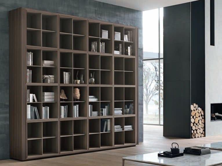 Libreria a parete in legno tratto libreria alivar for Librerie di design a parete