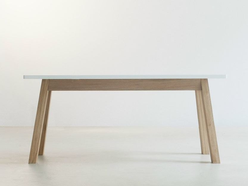Solid wood dining table STANDARD by Branca Lisboa