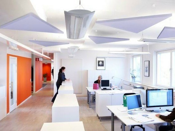 Glass wool acoustic ceiling clouds Ecophon Solo™ Triangle - Saint-Gobain ECOPHON