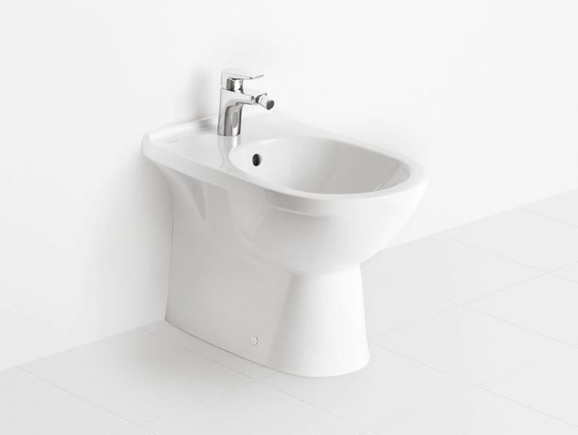 bidet filomuro a pavimento in ceramica o novo bidet villeroy boch. Black Bedroom Furniture Sets. Home Design Ideas