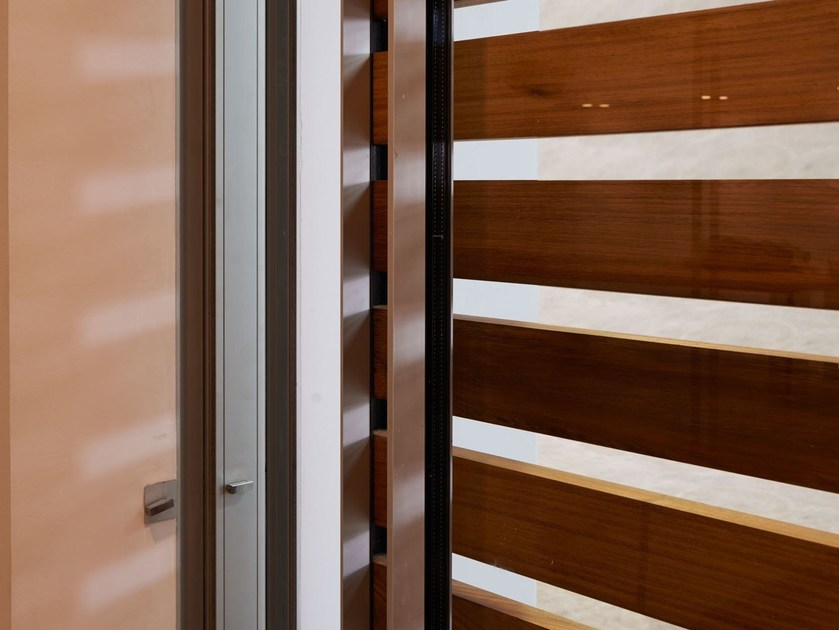 Wooden solar shading HORIZON LINE | Solar shading by Home of Horizon