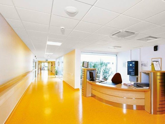 Sound absorbing ceiling tiles for healthcare facilities Ecophon Hygiene Meditec™ E C1 - Saint-Gobain ECOPHON
