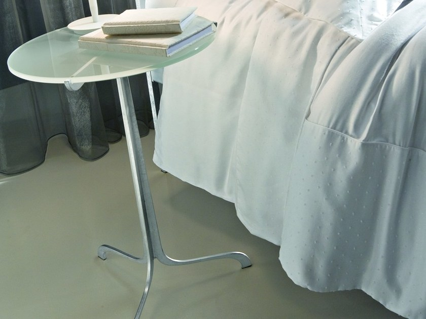 Round silver leaf bedside table VENICE | Bedside table - CIACCI