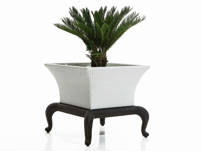 Resin cachepot CANOPO | Planter - Samuele Mazza Outdoor Collection by DFN