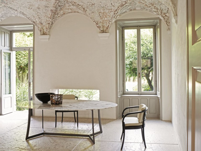 Oval high table KING | Oval table by CIACCI