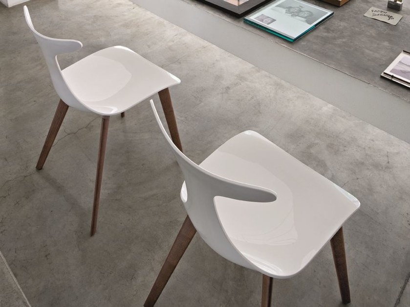 Chair DELFY WOOD by CIACCI