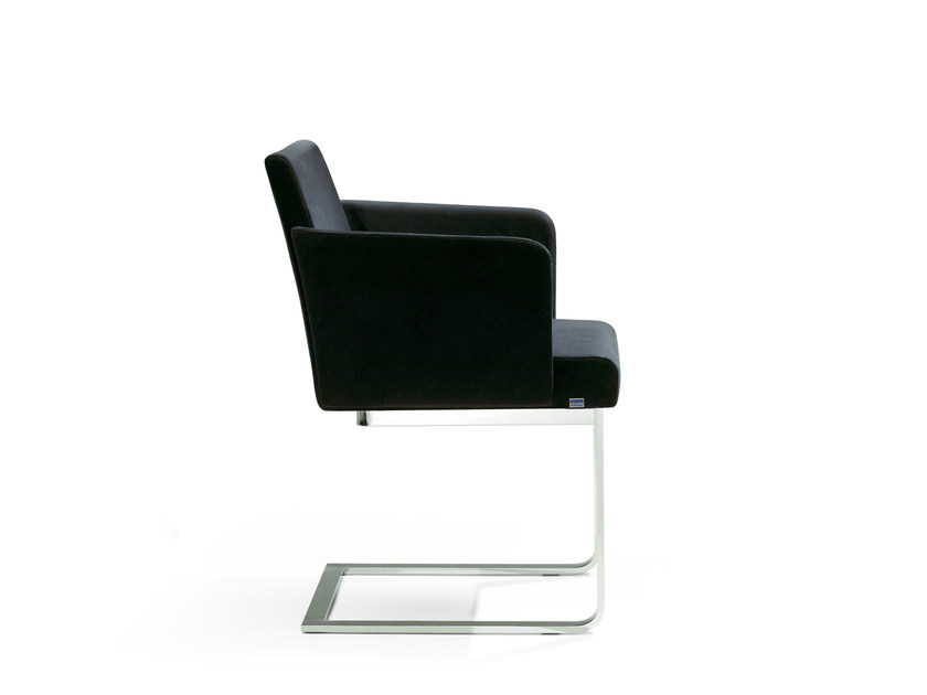 Cantilever leather chair with armrests BEN | Chair with armrests - ROSSIN