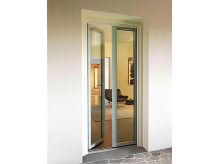 Porta finestra a battente in legno e vetro con triplo - Finestre triplo vetro ...