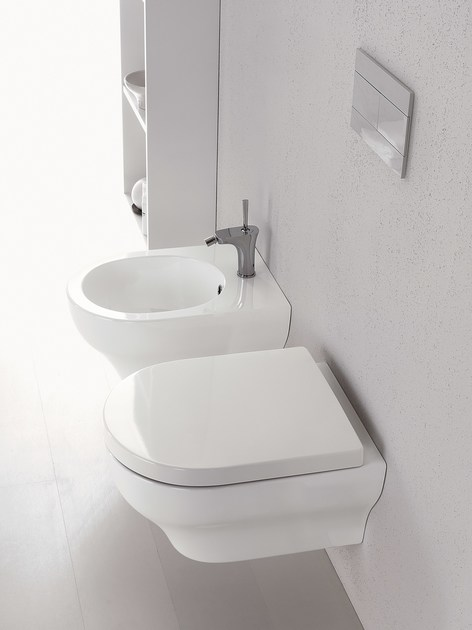 Wc sospeso clear wc sospeso olympia ceramica for Cambiare tavoletta wc sospeso