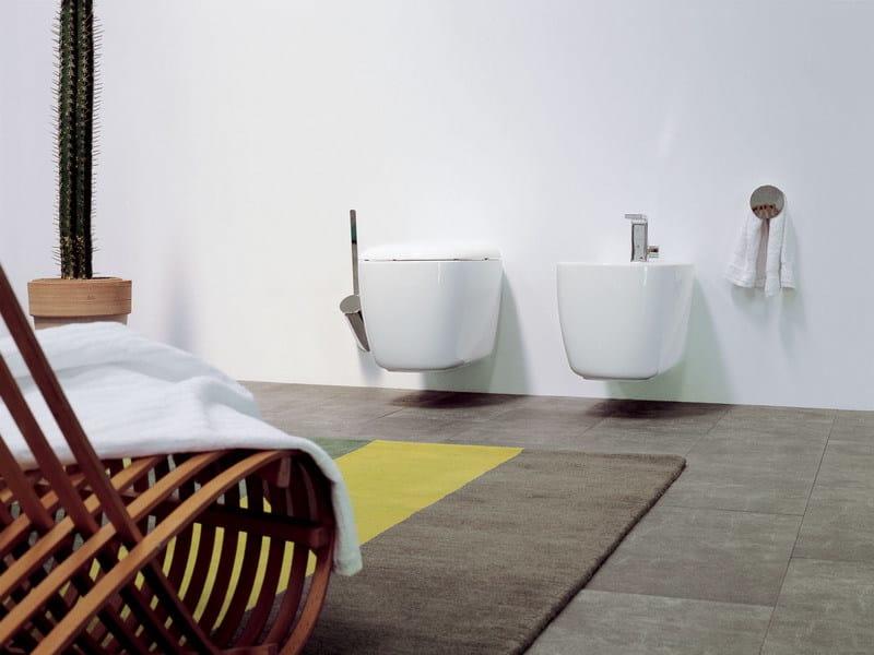 Arredo bagno completo in ceramica mono 39 arredo bagno for Ceramica arredo bagno