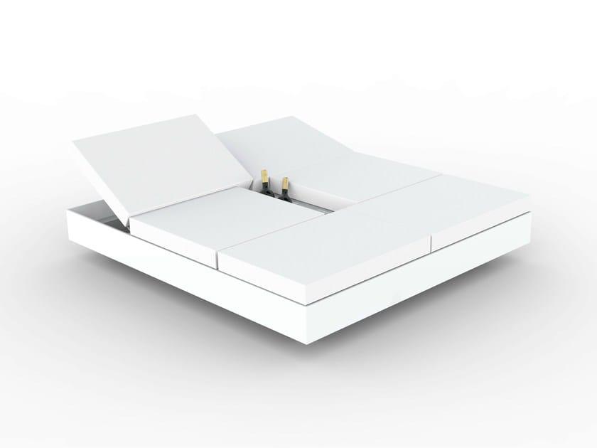 Double recliner garden bed DAYBED VELA by VONDOM