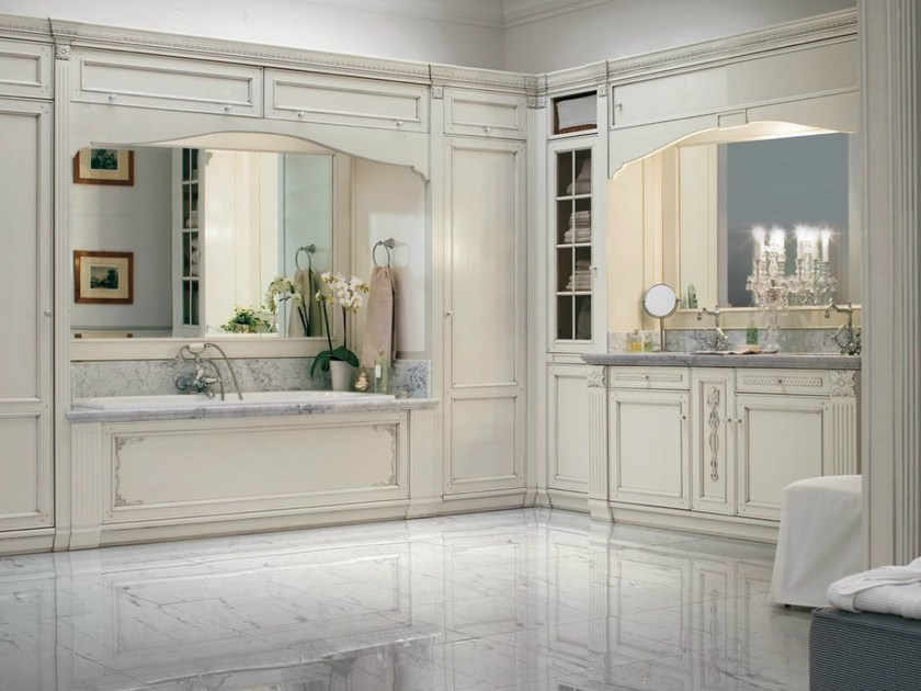 Arredo bagno completo in legno massello in stile veneziano for Prezioso arredamenti