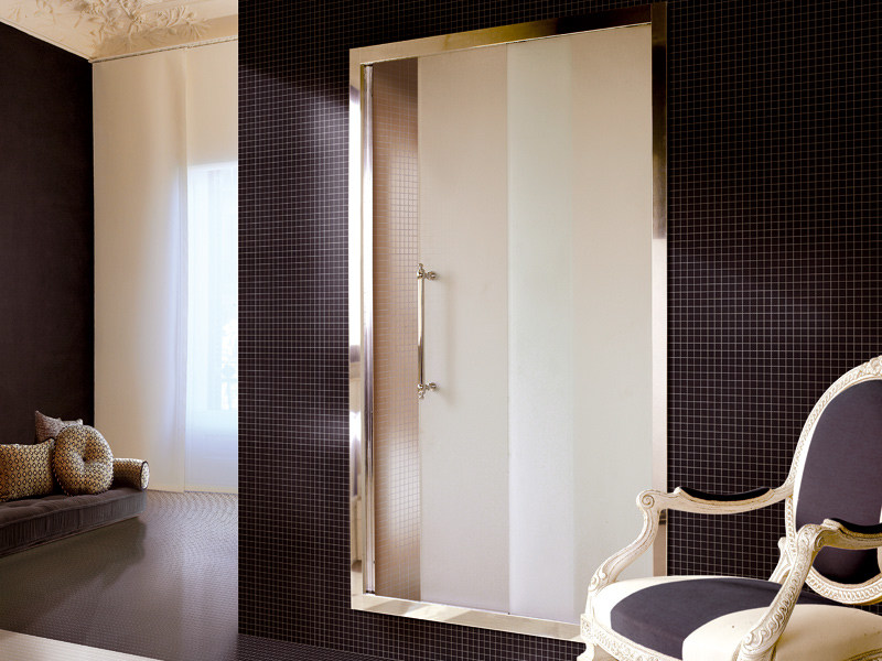 Niche shower cabin MAJESTIC by Devon&Devon