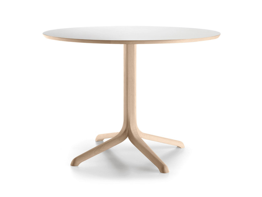 Round oak table with 4-star base JANTZI | Round table - ALKI