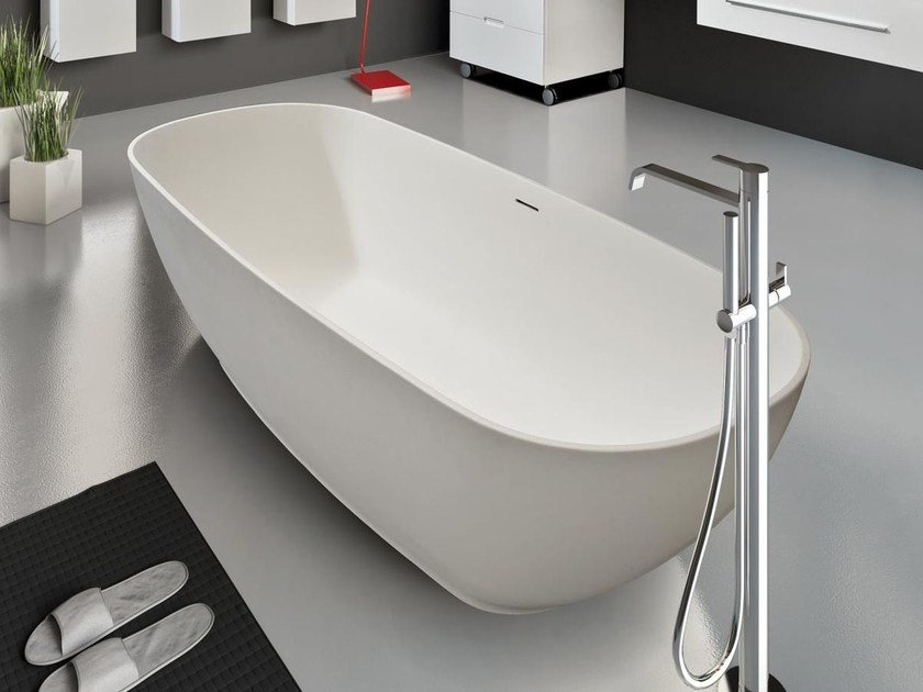 Freestanding oval Tecnoril® bathtub MARIPOSA | Bathtub by LASA IDEA