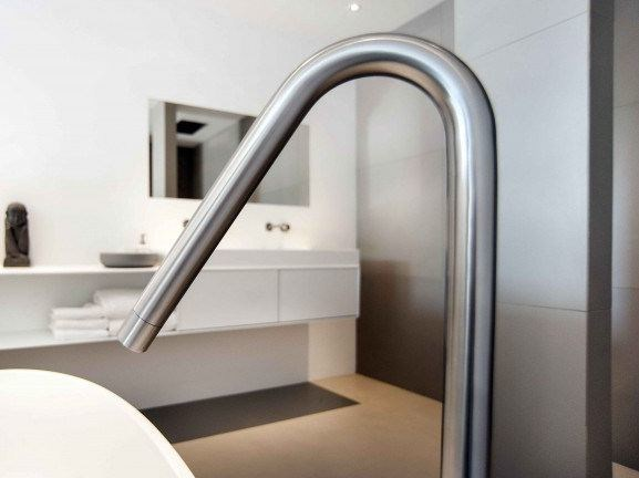 Floor standing bathtub spout COCOON MONO 41 - COCOON