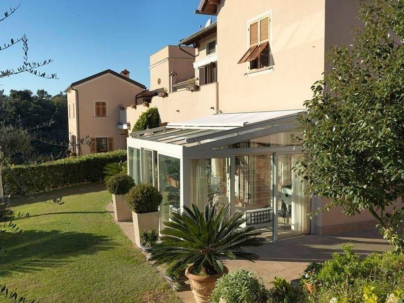 Veranda solaria cagis for Case in stile mediterraneo