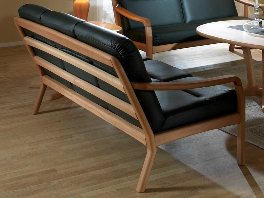 3 seater wooden sofa 1250 | 3 seater sofa by Dyrlund