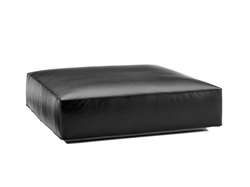 pouf imbottito in pelle collezione andy 39 13 by b b italia. Black Bedroom Furniture Sets. Home Design Ideas