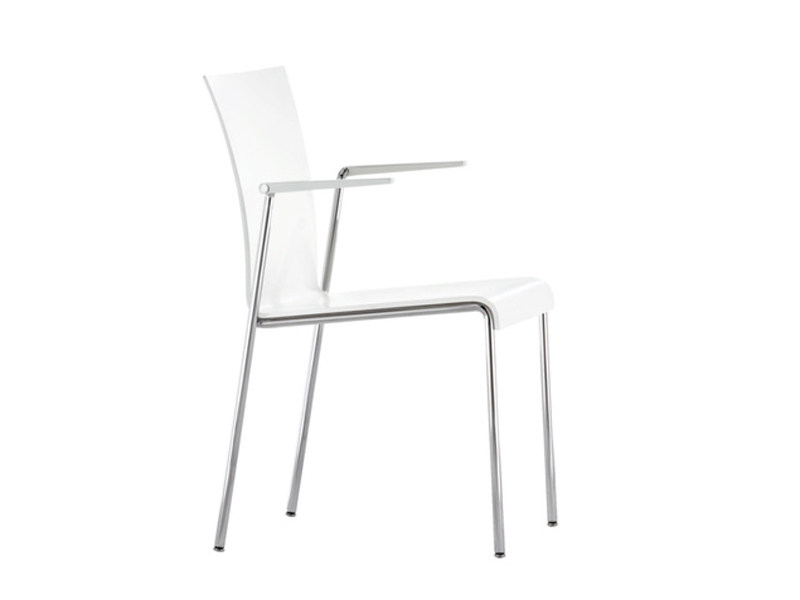 Lacquered chair with armrests VERONA | Training chair with armrests - Brunner