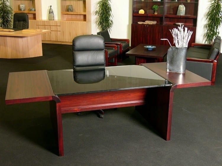 Rectangular executive desk STARLINE | Rectangular office desk - Dyrlund