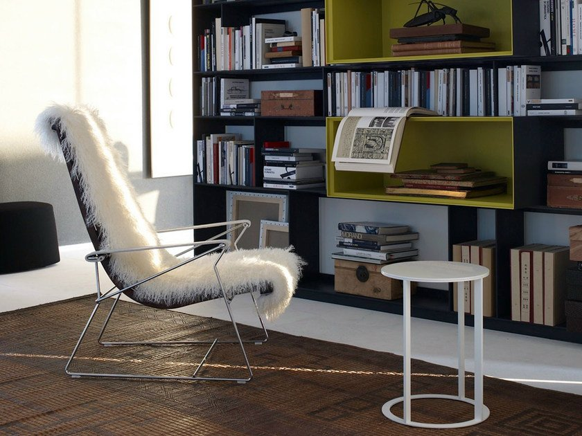 Sled base leather armchair with armrests J.J. | Armchair - B&B Italia