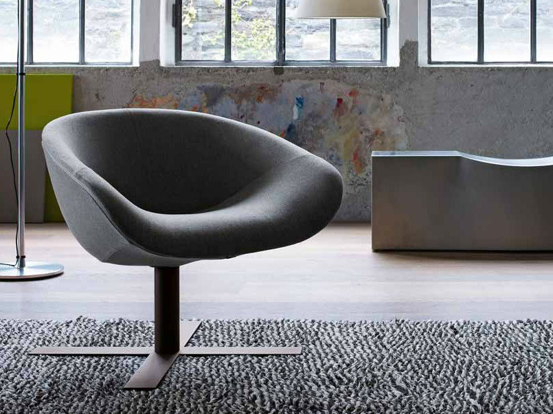 Upholstered fabric armchair with 4-spoke base MART | Armchair with 4-spoke base - B&B Italia