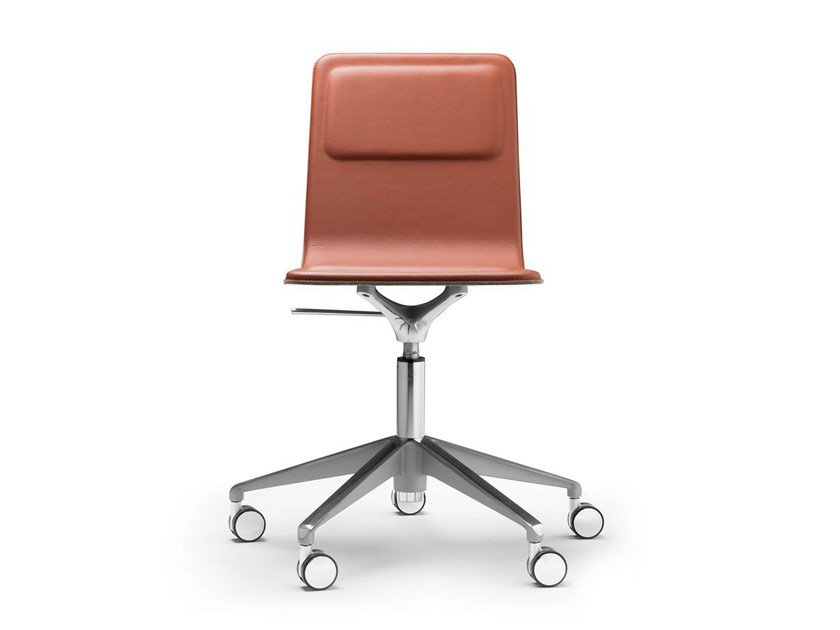 Swivel task chair with 5-Spoke base LAIA | Task chair by ALKI