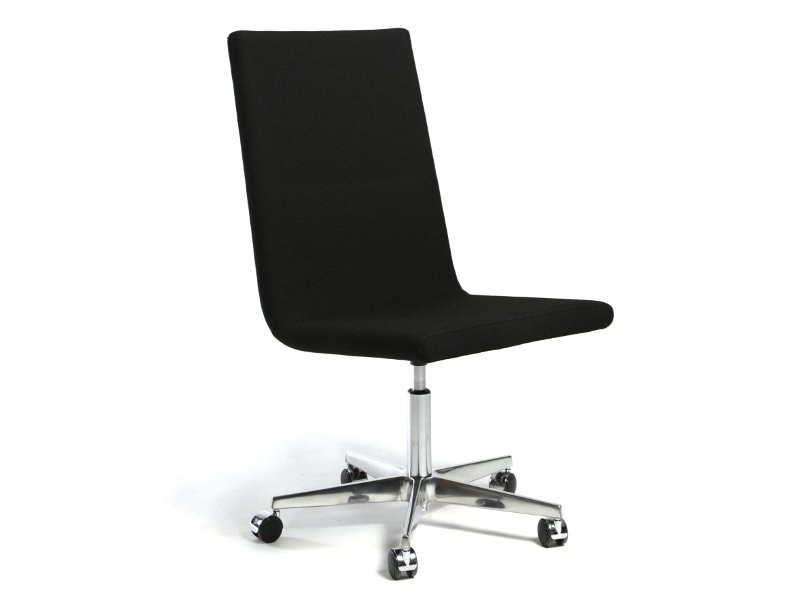 Swivel chair with 5-spoke base with casters BASSO L | Chair with 5-spoke base - Inno Interior Oy