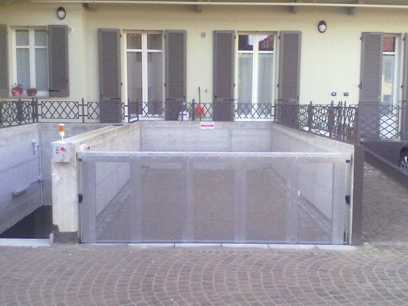 Motorized Sliding metal gate Motorized gate - CARMEC