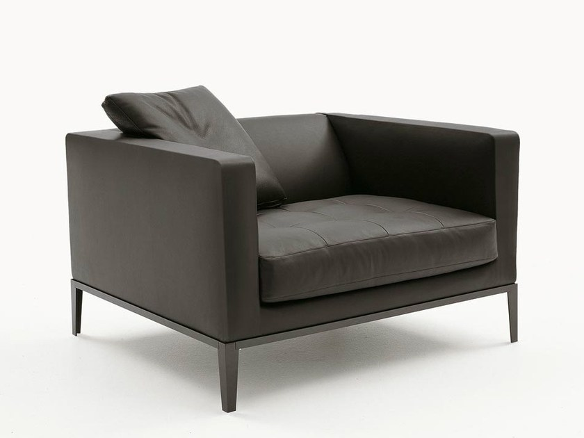 Upholstered leather armchair with armrests SIMPLICITER | Armchair - Maxalto, a brand of B&B Italia Spa