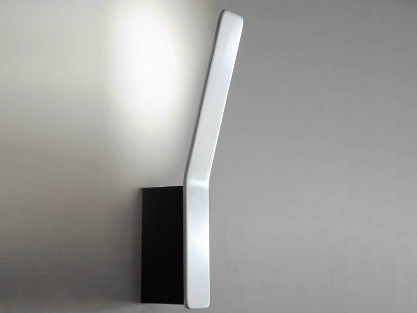 LED aluminium wall light TAPE LINEAR | Wall lamp by Formagenda