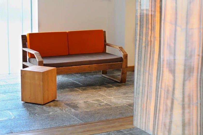 2 er sofa aus holz fabris mountain by lgtek outdoor design michele villa. Black Bedroom Furniture Sets. Home Design Ideas