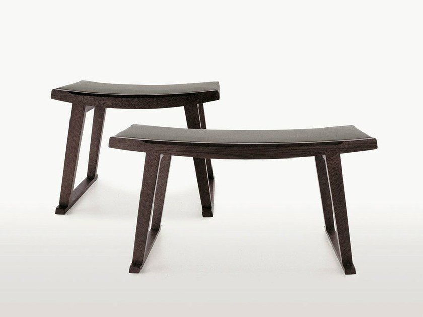 Low solid wood stool SELLA - Maxalto, a brand of B&B Italia Spa