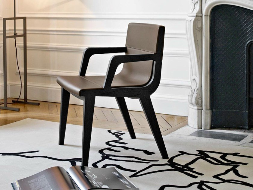 Solid wood chair with armrests ACANTO | Chair by Maxalto