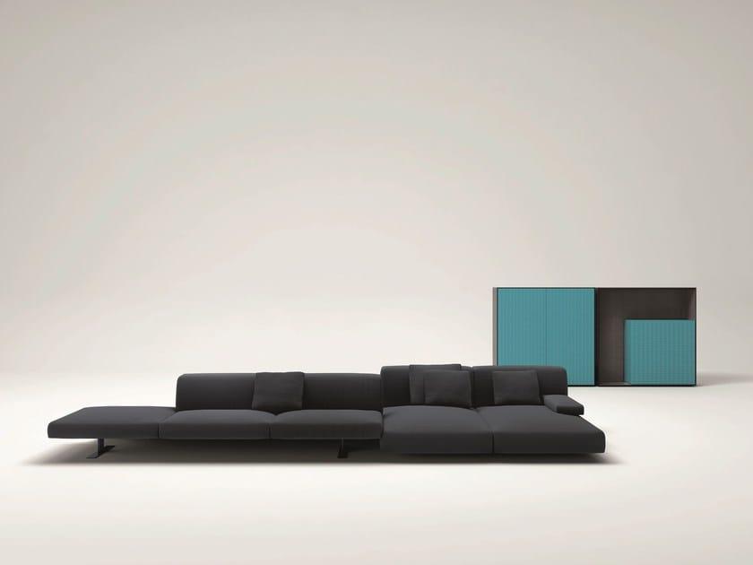 Modular sofa MOVE by Paola Lenti