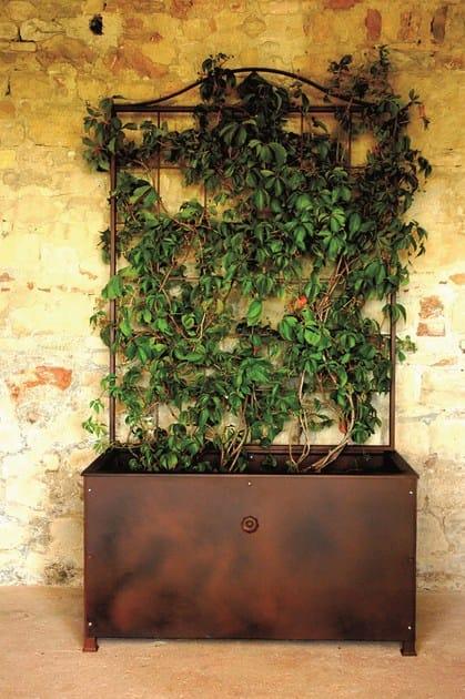 fioriera in ferro con grigliato altea unosider. Black Bedroom Furniture Sets. Home Design Ideas
