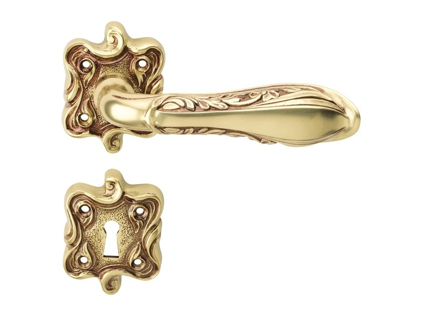 Chromed brass door handle on rose with lock LIBERTY | Door handle on rose by LINEA CALI'