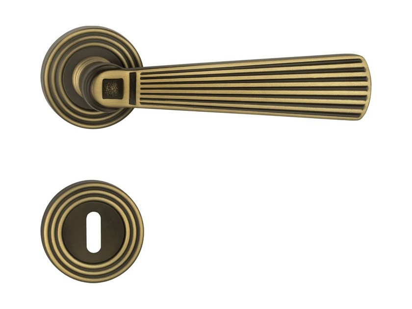 Chromed brass door handle on rose with lock OPERA | Door handle with lock - LINEA CALI'