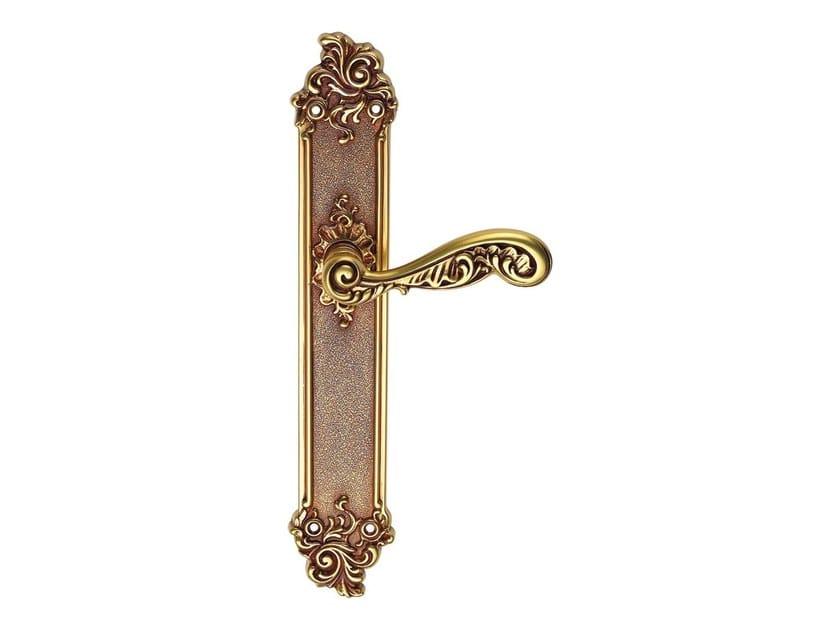 Chromed brass door handle on back plate ROCOCÒ   Door handle on back plate by LINEA CALI'
