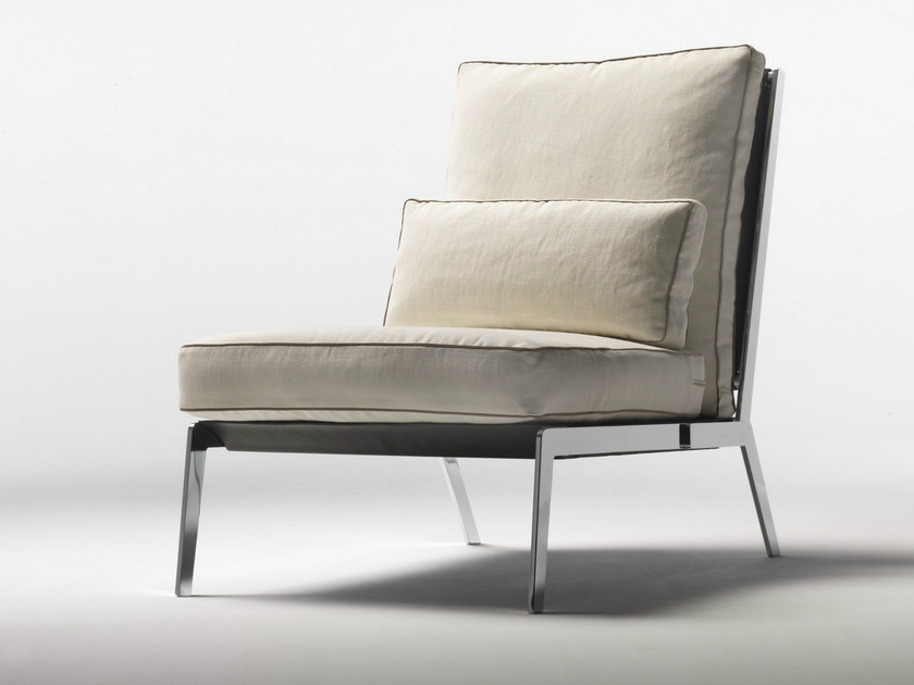 Upholstered fabric armchair with removable cover HAPPY | Fabric armchair - FLEXFORM