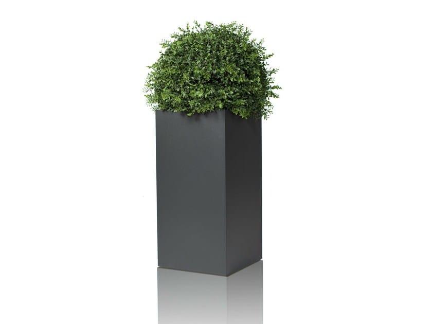 High metal planter LINNÉ | High planter by Röshults