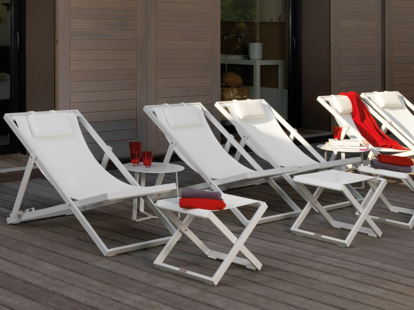Folding recliner deck chair TOUCH | Deck chair by Talenti