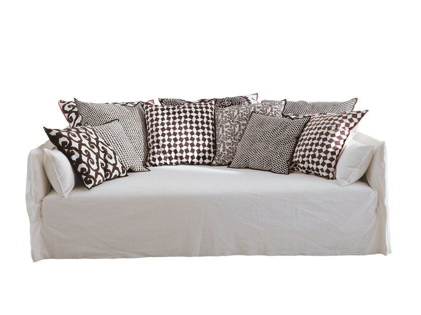 3 seater sofa with removable cover GHOST 16 - Gervasoni