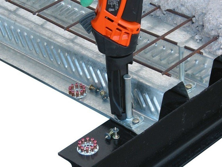 Floor slab connector CTF - TECNARIA
