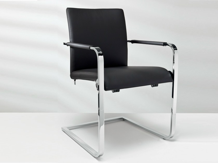 Cantilever leather chair with armrests D2-7 | Chair with armrests - Hülsta-Werke Hüls