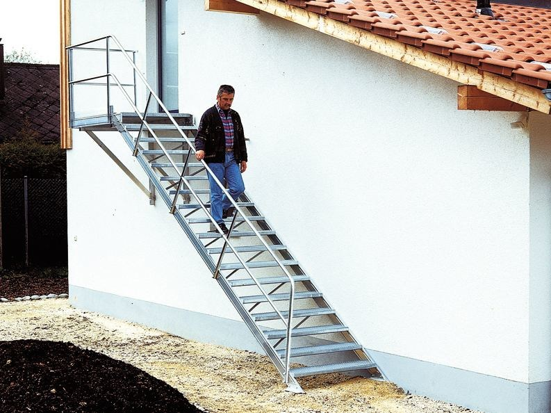 Outdoor extruded aluminium Open staircase Open staircase - SVELT