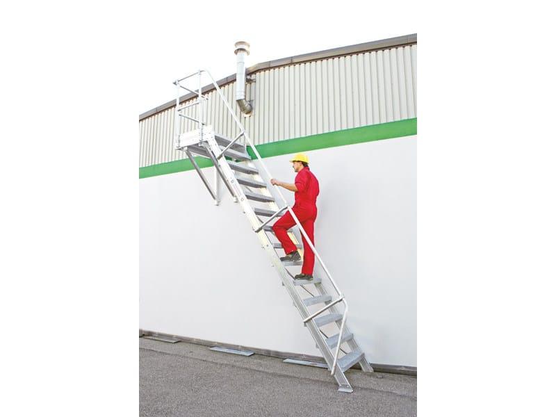Scala a giorno in alluminio estruso per esterni scala a - Normativa barandillas exteriores ...