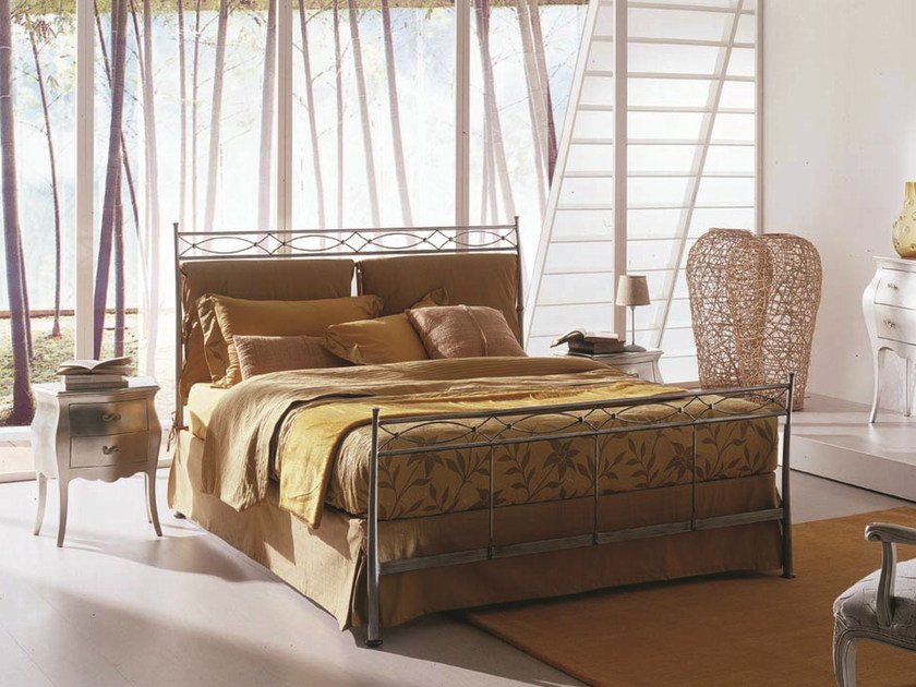 Iron double bed EOLO | Classic style bed by Bontempi Casa
