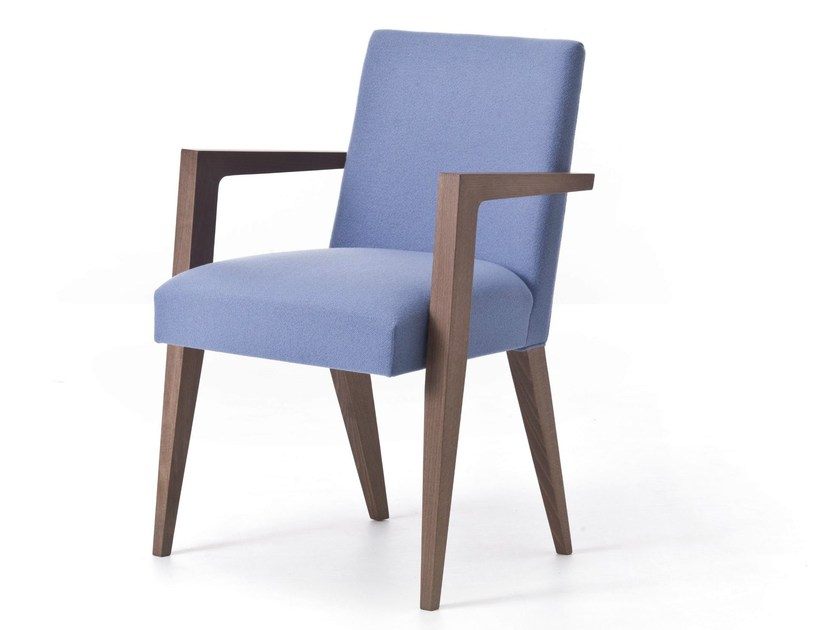 Upholstered fabric easy chair with armrests METRO 02 - Very Wood